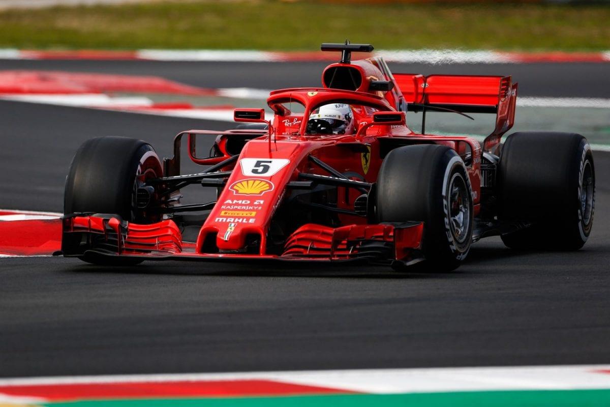 Ferrari F1 show on the streets of Milan