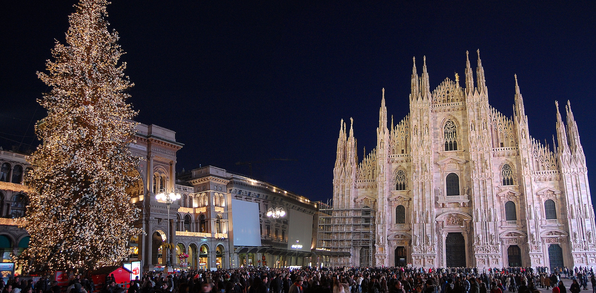 Milan S Delightful Christmas Lights All About Italy