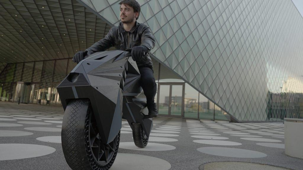 Cristofori and the first 3D-printed electric motorcycle