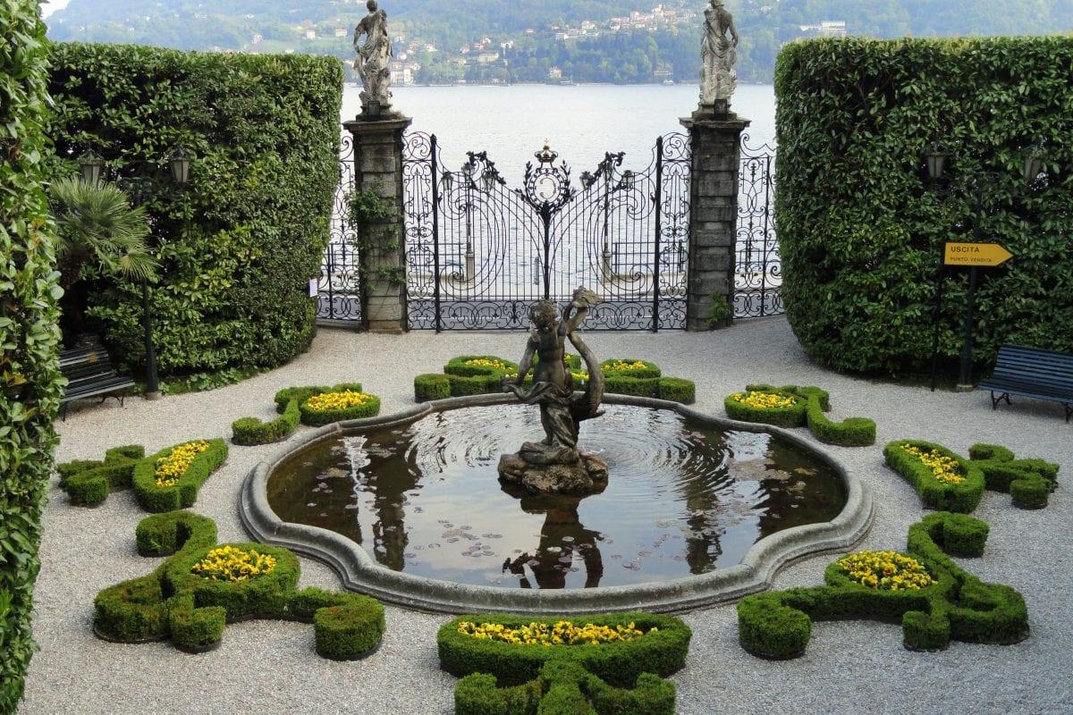 Villa Carlotta, a heaven for art and botany lovers on Lake Como