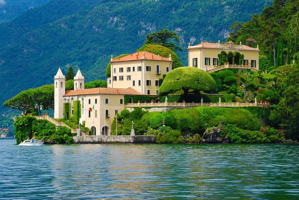 villas Italian movies Oscar travel traveling viaggio villa balbaniello palermo