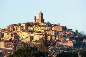 garrone pinocchio movie film benigni set sinalunga siena tuscany toscana set