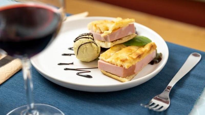 ristorante gelato ice cream restaurant rome roma food dish glass