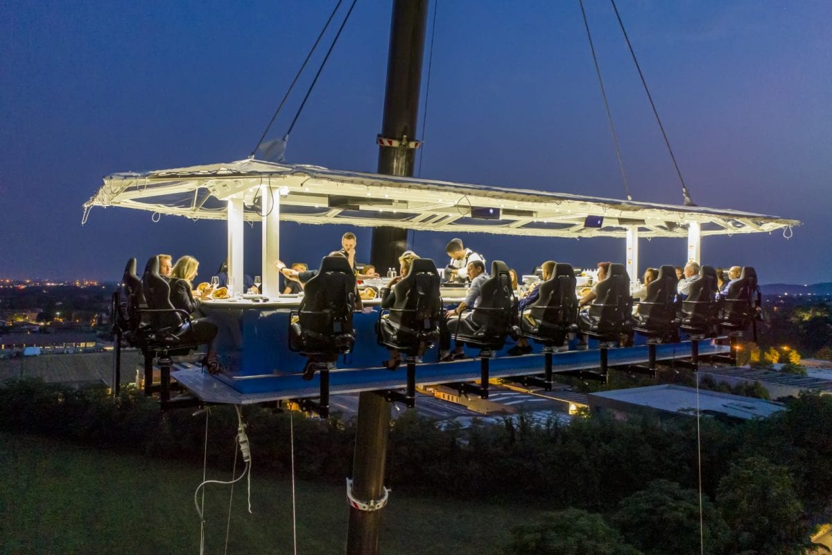 Italian experiences: dining in the Franciacorta sky with Enjoysky