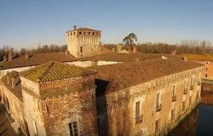 castle padernello brescia sky river
