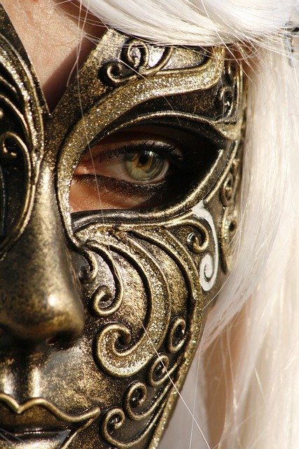 mask-carnival-white