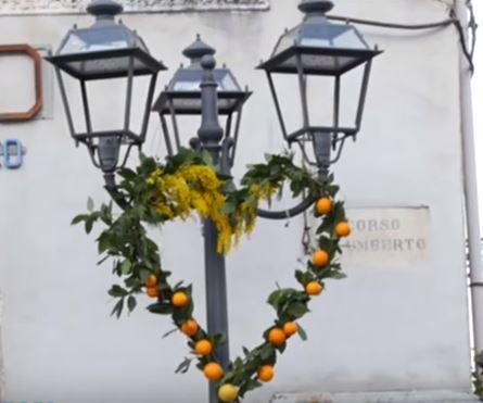 Lights-oranges-heart