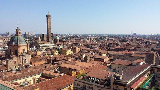 bologna-sky-roofs