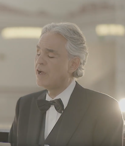 bocelli-sing-singing-dress