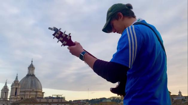jacopo-mastrangelo-guitar-roma