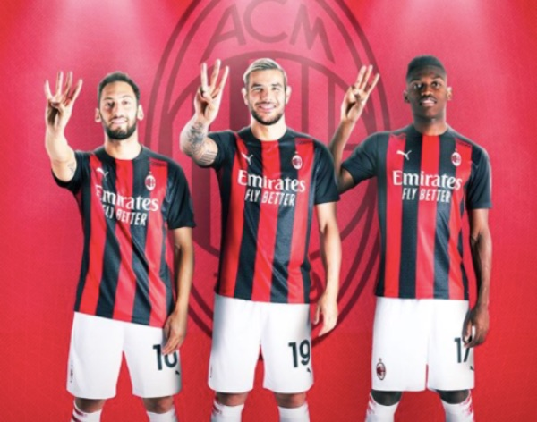 The Milanese soccer teams sport new kits